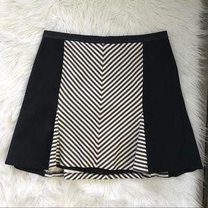 Ann Taylor Size 18 Stretchy Skirt H7